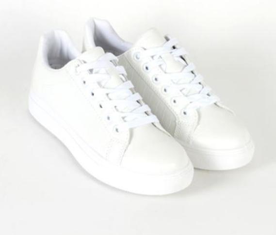white dress runners
